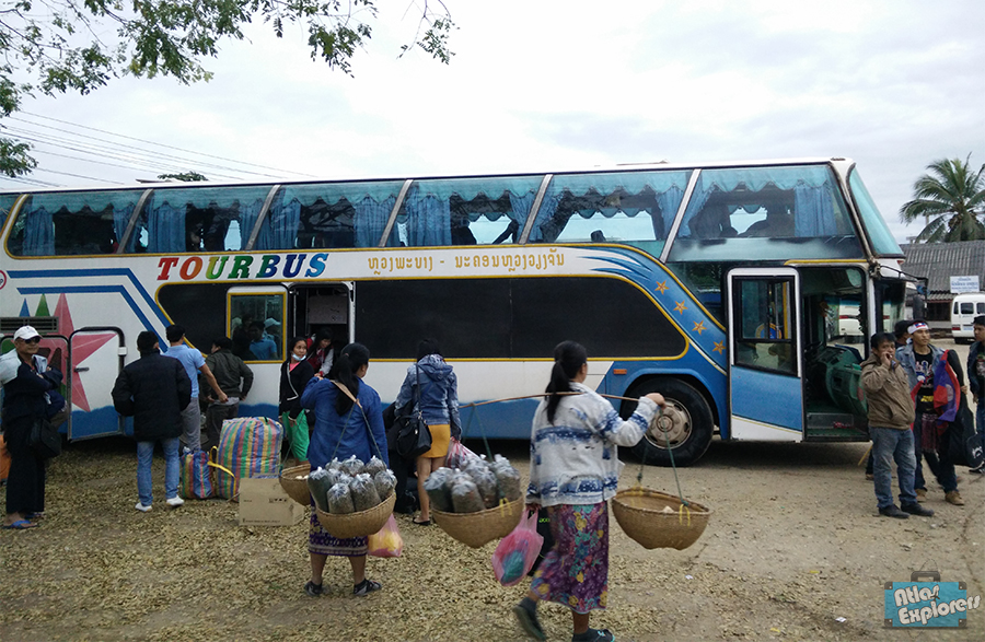 Bus-scam-Vang-Vieng-Laos