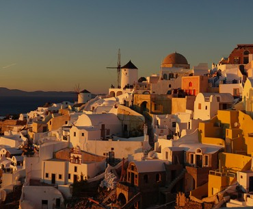 Top 7 Amazing Things To Do In Santorini
